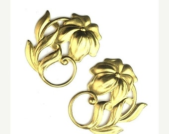 50% OFF SALE Stamping Large Lily Flower Scroll Raw Brass Left and Right 27x23mm (2) FI646