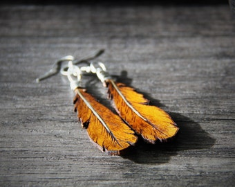 Beautiful amber feather collection - gypsy earrings - by Fanny Dallaire -  leather work