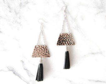 black leather tassel earrings / hand made / mod / hammered silver / statement earrings / fringe earrings / shoulder dusters