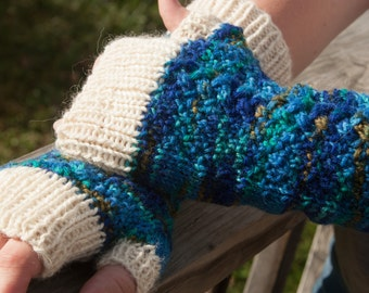 Variegated Blue Cabled Fingerless Gloves