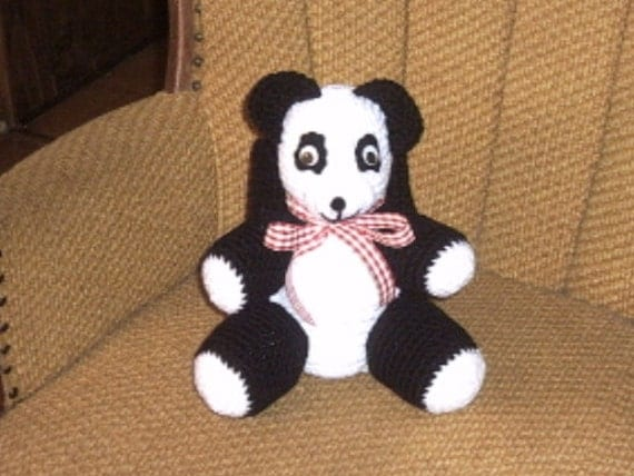 Panda bear tissue box cover crochet zoo animal dec decor for Panda bear decor