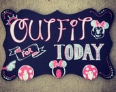 Outfit for Today Hanging Rack Minnie Mouse pink