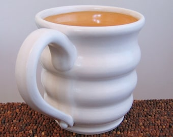 Beehive Mug - Large Pottery Coffee Mug in Melon 18 oz. Stoneware Ceramic Cup