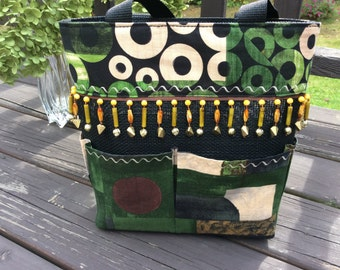 Geometric Pattern for Petscreen Purse