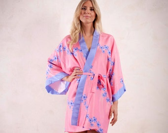 Silk kimono with corn flower illustration