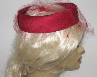 red topper with veil . magenta ring hat .  Red Ring Hat .  Hat with Veil . Fascinator . red topper