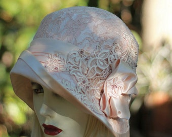 20s Vintage Style Cloche Hat Wedding Hat in Lace Bridal for Weddings Nude Pink