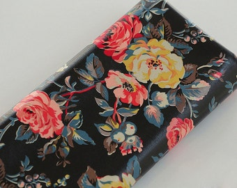 4091 - Cath Kidston Garden Rose (Black) Oilcloth Waterproof Fabric - 28 Inch (Width) x 17 Inch (Length)