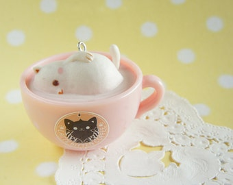 1 pc Latte Kitten Charm (5cm) AZ269 Soaking in Pink cup