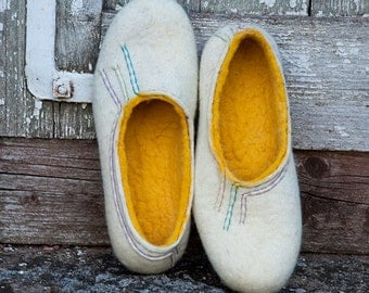 Womens wool slippers White Yellow flat slippers with hand embroidered decoration on top