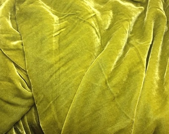 GOLDEN OLIVE Silk Velvet Fabric - fat 1/4