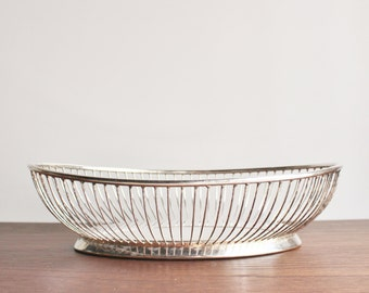 Mid-century silver-plated vintage wire basket or fruit bowl, Gorham