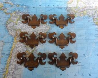 SALE! 6 vintage curvy metal pull handles - Set #2*