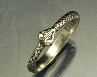 Small Snake Eating It's Head Silver Ring