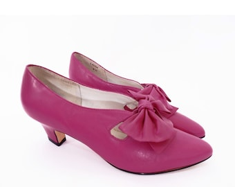 80's PINK leather bow pumps // Edwardian style vintage shoes // dark fuchsia pink // size 6 M