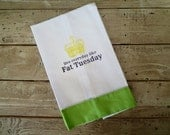 Mardi Gras Live Everyday Like Fat Tuesday Linen Guest Towel