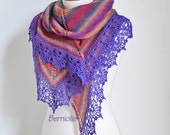 Knitted shawl with crochet lace trim, N372
