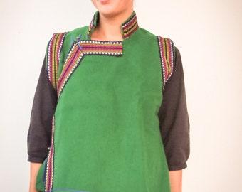Green woolen vest tibetan
