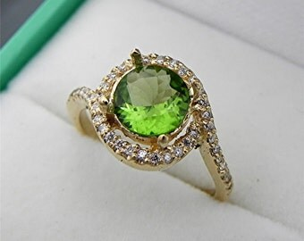 AAAA Chrome green Tourmaline 1.35 carats 6.90mm  Round Halo diamond engagement ring in 14K Yellow gold. 2104(2)