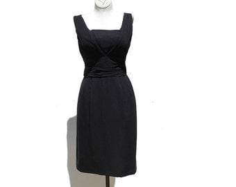 Vintage Black Crepe Sleeve Less Dress