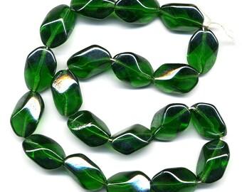 vintage green beads 18mm emerald glass geometric oblong w luster finish 20 pcs