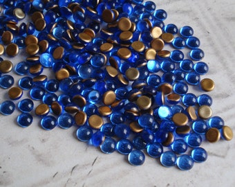 24 Vintage 5mm Sapphire Blue Gold foiled Flat Back Round Glass Cabs or Stones