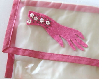 Vintage Glove Storage Bag Envelope Pouch with Pink Beaded Felt Glove Motif Vintage Vanity Collectibles