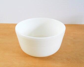 Vintage Pyrex Milk Glass Mixing Bowl • Vintage White Milkglass Mixing Bowl
