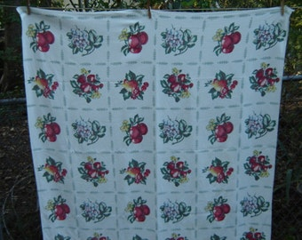 Vintage Fruit Tablecloth Farmhouse Chic Cottage Farmhouse Chic 1960s