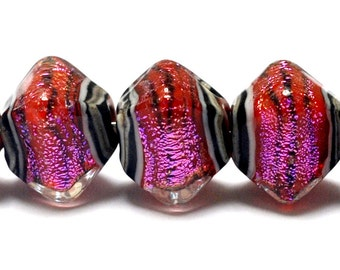 Glass Lampwork Bead Set - 10706707 Five Passion Pink Shimmer Bicone Beads