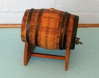 Vintage Wood Wooden Barrel Mini Wooden Keg Miniature Whiskey Barrel