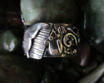 Whale Tail Sterling Silver Brutalist Collage Ring Size 8