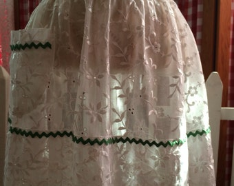 White Eyelet and Organdy Vintage Hostess Apron with Green Rick Rack