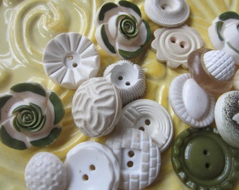 Vintage Buttons - Cottage chic mix of white and green, lot of 19 old and sweet( june62c)