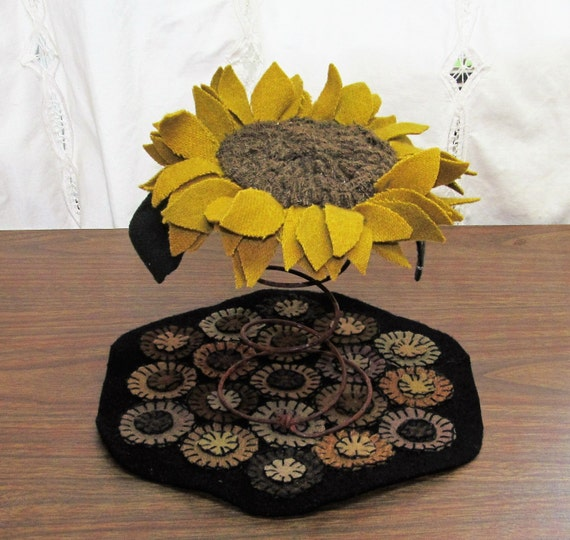 Sunflower rusty spring Make do Fall primitive folk art  home decor FAAP