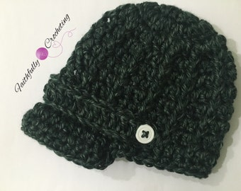 Newborn newsboy hat.. Green brim hat.. Photography prop.. Ready to ship
