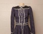 Vintage 1970's Gunne Sax Navy Blue Calico Floral Prairie Dress XS