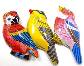 3 Tin Toy BIRD brooches, 60's metal costume jewelry made in Japan.