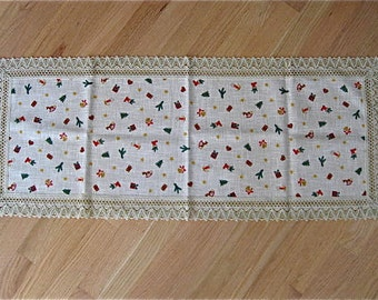 Vintage Holiday Table Runner