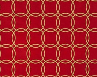 Five (5) Yards- Metro Living Metallic Interlocking Gold Circles Robert Kaufman Fabrics SRKM-15081-93 Scarlet