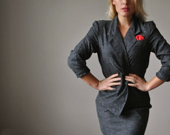 1980s Charcoal Fleck Suit~Size Small to Medium