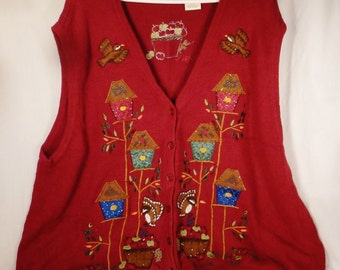 XMAS VEST Handcrafted Linen Embroidered Birdhouses birds apples in baskets scene size XL26-28