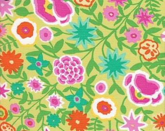 Rowan Kaffe Fassett Field Bouquet Panel in Primrose