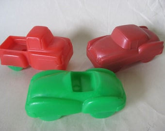 1 Truck 2 Cars Plastic Toy Vintage Cake Toppers Red Green Pickup