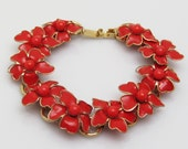 Red Flower Bracelet Vintage Plastic Jewelry B7478