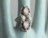 Vintage 70's Bohemian Boho Sterling Silver and Rose Quartz Petal and Vine Ring - Size 10