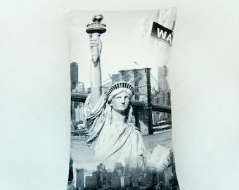 Statue of Liberty, New York lumbar cushion cover, decorative pillow cover 12 x 20 inch