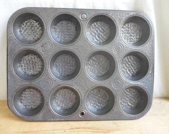 Bake King Cupcake Pan, Muffin Pan, muffin tin, cupcake tin, Bake King Bake Ware, Vintage textured bake tin