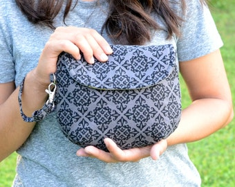 Sample Sale! Bella Pouch - Charcoal and Black