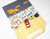 Car Wallet - Holds 5 of your childs favorite cars - Traffic Jam
